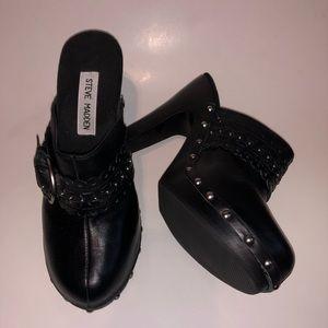 Steve Madden Black Leather LASHES Clogs Heels 7.5